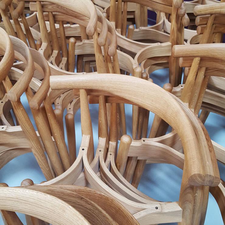 Cadeira de cotovelo CH20 Hans Wegner Carl Hansen Aram Store