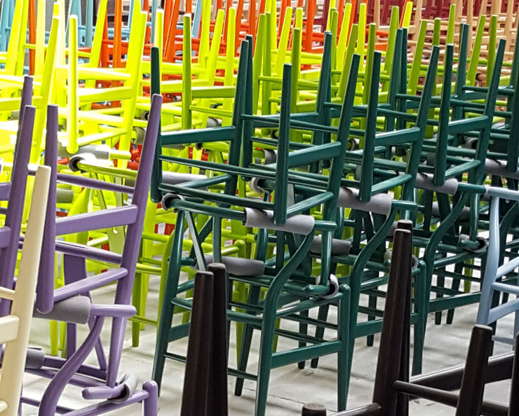 Cadeira CH24 Wishbone cores lacadas Hans Wegner Carl Hansen Aram Store