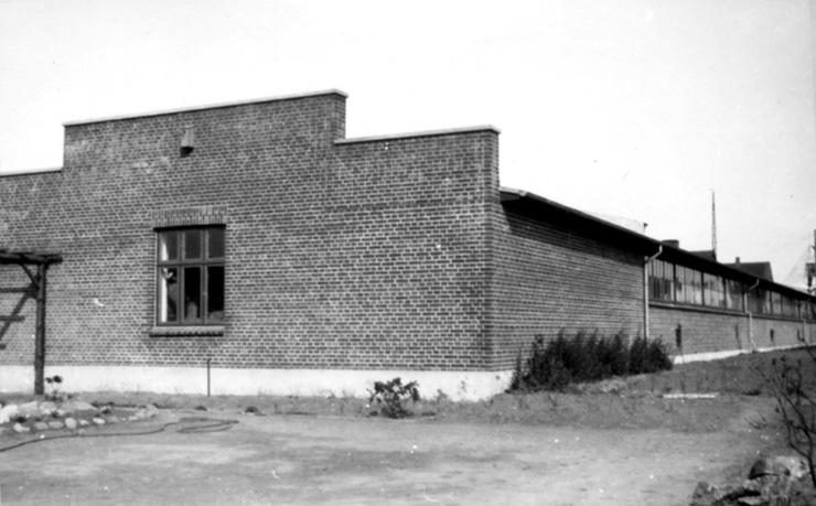 Carl Hansen factory 1933 Odense - Loja Aram