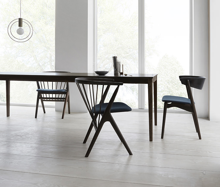 Sibast No 7 e Sibast No 8 cadeiras de jantar e Sibast No 2 mesa de jantar_Sibast Furniture_Aram Store