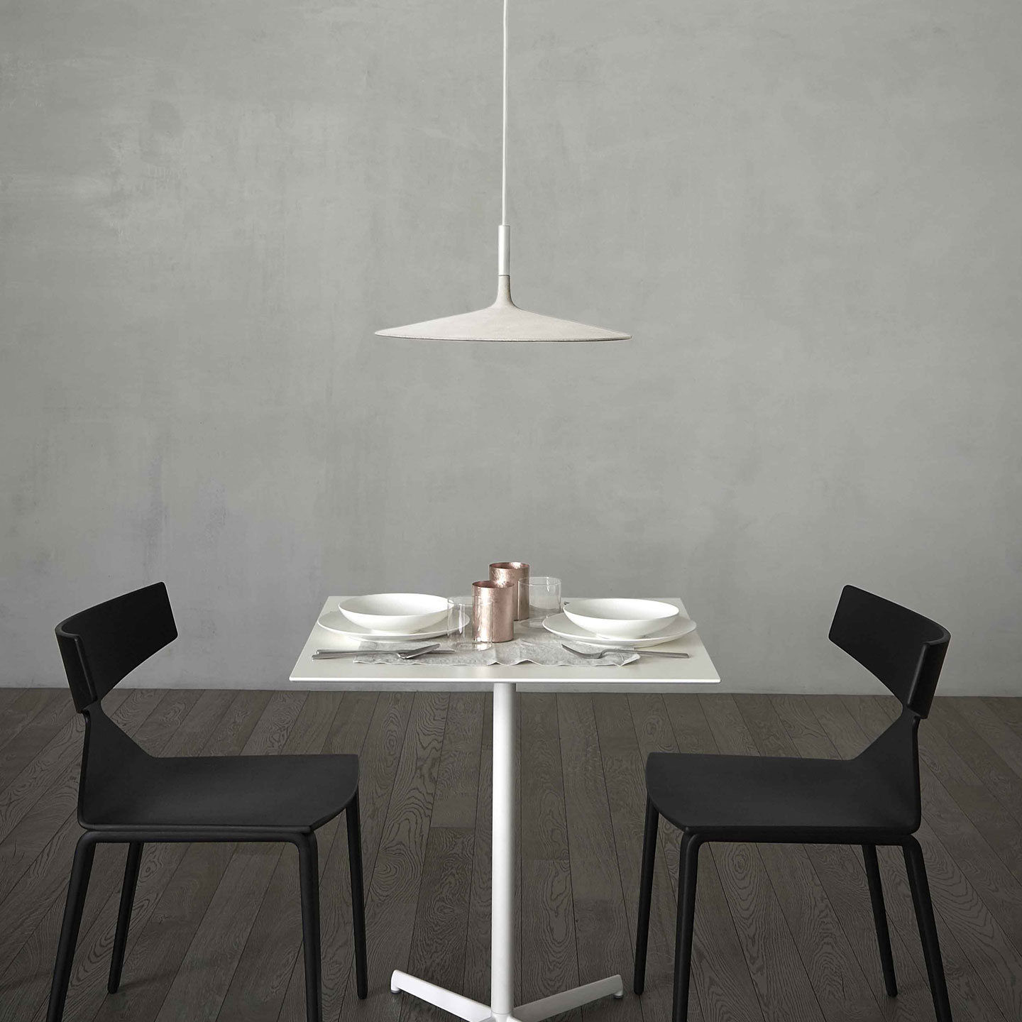Aplomb Large Pendant Lamp