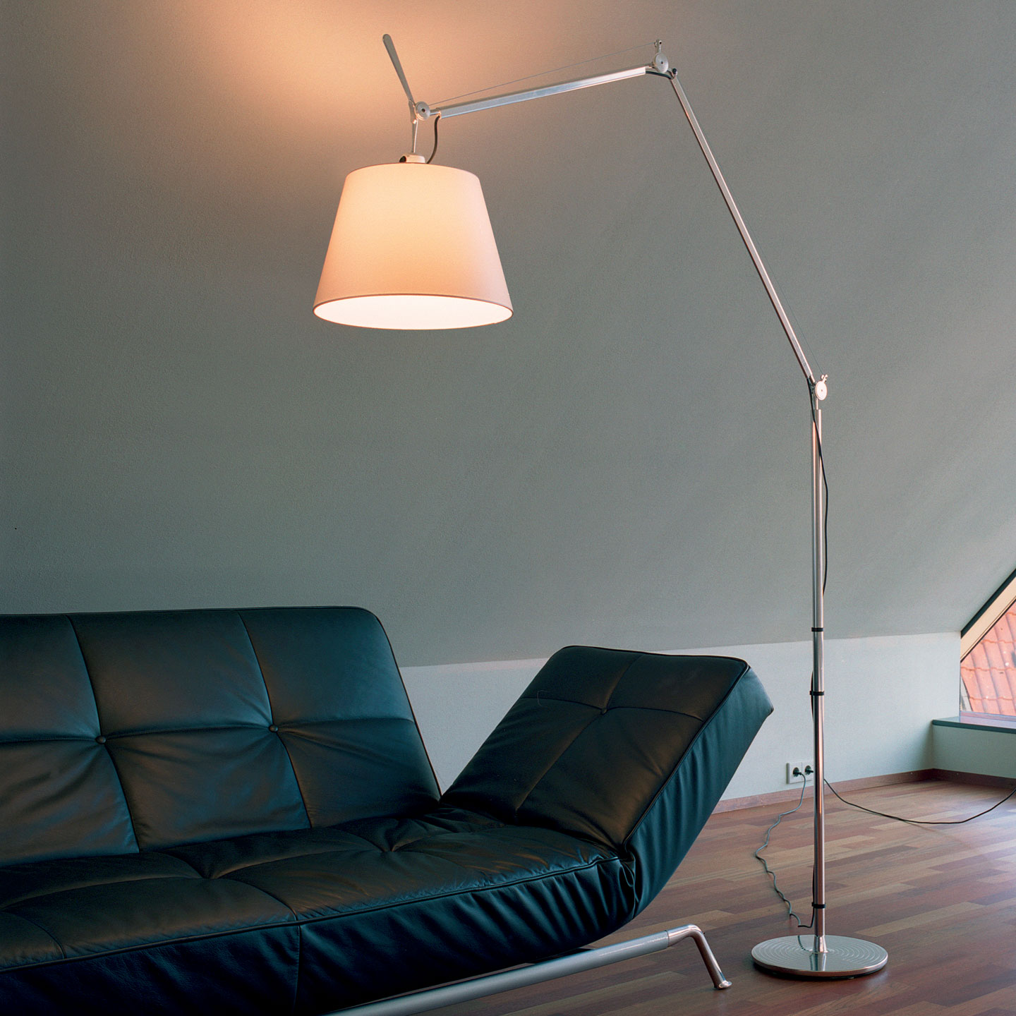 Tolomeo Mega Terra Floor Light