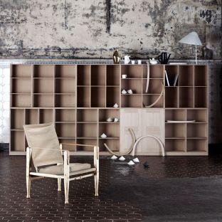 Safari Chair KK47000 by Kaare Klint from Carl Hansen & Son - Aram Store