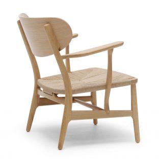 CH22 Lounge Chair by Hans Wegner from Carl Hansen & Son - Aram Store
