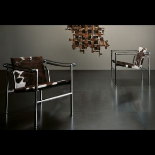 LC1 Chair by Le Corbusier, Jeanneret, Perriand for Cassina - Aram Store