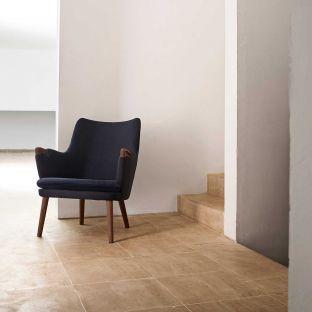 CH71 Lounge Chair by Hans Wegner for Carl Hansen & Son - Aram Store