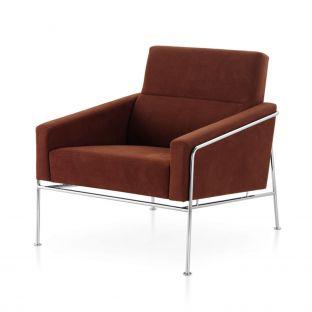 Series 3300 Armchair by Arne Jacobsen for Fritz Hansen - ARAM Store