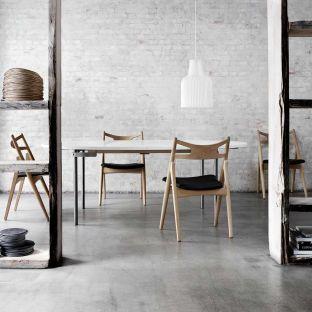 CH29 Sawbuck Chair by Hans Wegner from Carl Hansen & Son - Aram Store