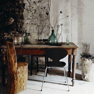 Ant Chair 4 Leg Wood Veneer by Arne Jacobsen from Fritz Hansen - Aram Store