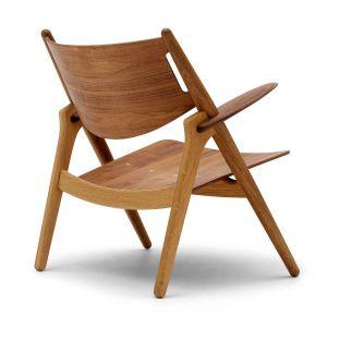 CH28 Lounge Chair by Hans Wegner from Carl Hansen & Son - Aram Store