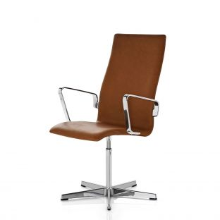 Oxford Medium Back Chair with Arms by Arne Jacobsen for Fritz Hansen - Aram Store