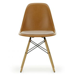 DSW Eames Fiberglass Chair with Seat Pad - Charles & Ray Eames - Vitra - Aram Store