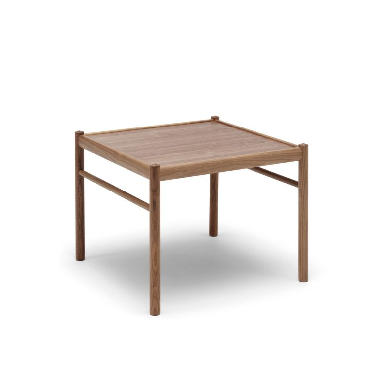 OW449 Colonial Table