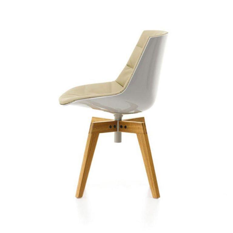 Flow Chair Oak Base