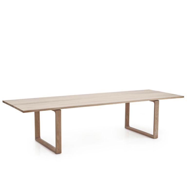 Essay Table CM32 265x100