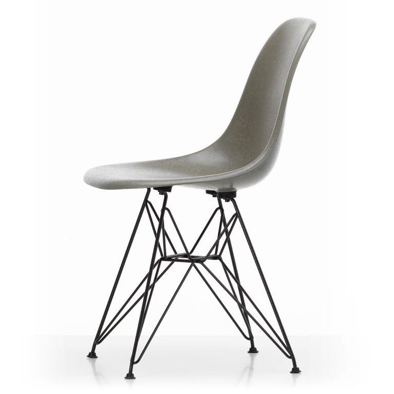 DSR Eames Fibreglass Chair