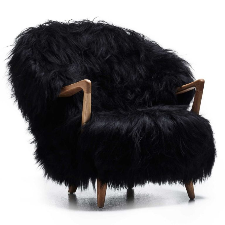 Fluffy Lounge Chair