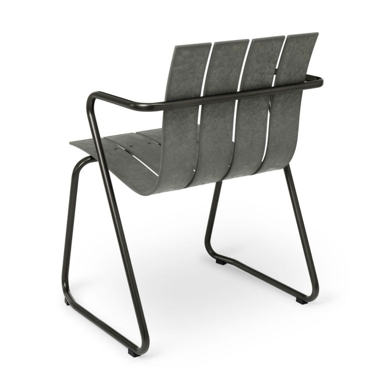 Ocean outdoor chair by Nanna Ditzel for Mater
