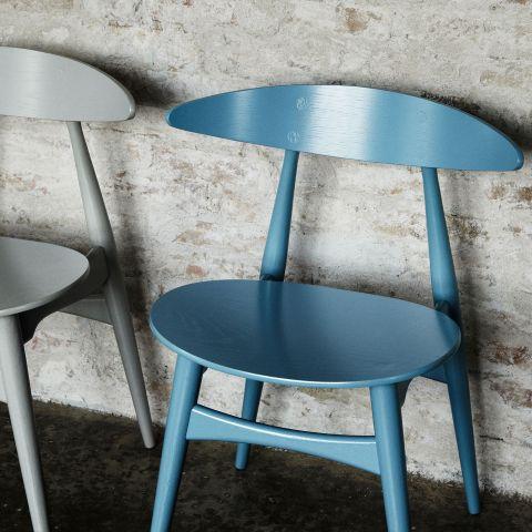 CH33 Chair with Veneer Seat from Hans Wegner from Carl Hansen & Son - Aram Store
