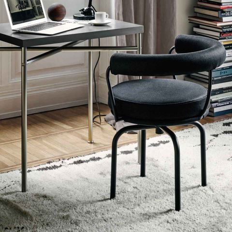 LC7 Chair by Le Corbusier/Jeanneret/Perriand for Cassina - Aram Store