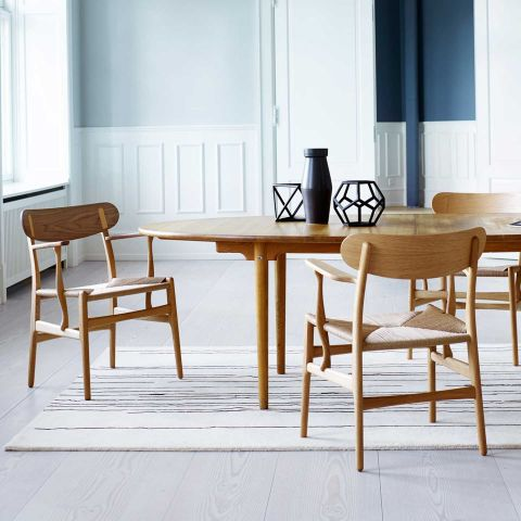 CH26 Dining Chair by Hans Wegner from Carl Hansen & Son - Aram Store