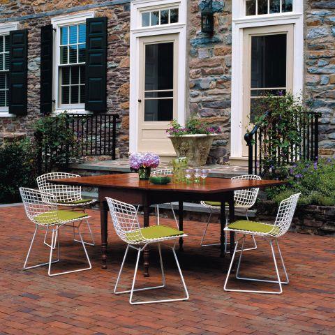 Bertoia Side Chair Unupholstered by Harry Bertoia from Knoll International - Aram Store