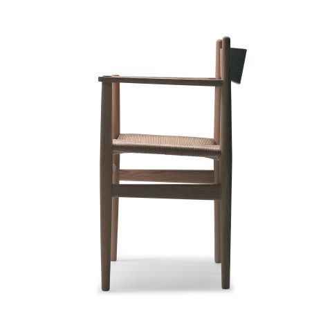 CH37 Chair with arms by Hans Wegner from Carl Hansen & Son - Aram Store