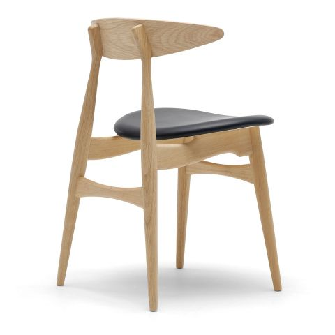 CH33 Chair with Leather Seat by Hans Wegner for Carl Hansen and Son - ARAM Store