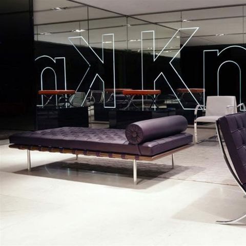 Barcelona Day Bed Relax - Mies van der Rohe - Knoll International - Aram Store