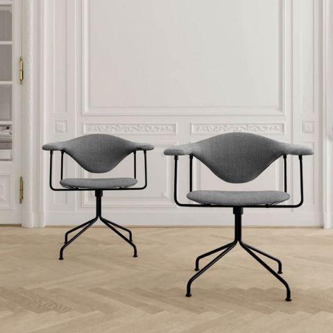 Masculo Swivel Chair - Gam Fratesi - Gubi