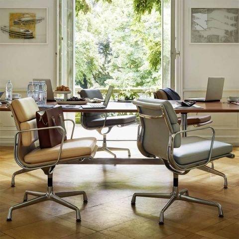 Soft Pad EA 208 Chair by Charles & Ray Eames for Vitra - ARAM Store